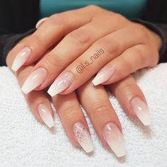 28 pretty mismatched nail art design - Glitter Ombre nail art , nail design ideas #nailart #nails #nail