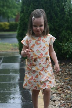 While she was sleeping: The Louisa dress - pattern tour and giveaway