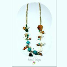 New arriving  #flores #collar #sophiesdesings #venezuelacreativa #handmade #fashion #madeinvenezuela #megustalochic #hechoenvenezuela #design #worlwideshop #vitrinahechoenvenezuela #yousodiseñovenezolano #handmade #hechoamano #talentonacional #colores #estilo #moda #modachic #instadesigns #girls #necklaces #máxicollar #cadenas