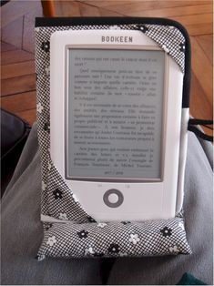 Modèle berlingot pour liseuse cybook orizon