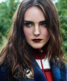 Makeup To Match Your Rad Fall Wardrobe #refinery29  http://www.refinery29.com/fall-makeup-looks