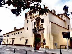 Velez-Malaga. Monasterio de las Carmelitas Descalzas. Siglo XVIII.Originariamente se encontraba en las afueras de Vélez , actualmente esta en el centro de la villa al crecer esta.