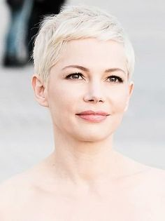 Michelle Williams with a fashionable blonde short hairstyle .- Michelle Williams with a fashionable blonde short hairstyle. – Stylight ♥ H …- # hairstyle - Short Pixie Haircuts, Pixie Hairstyles, Cool Hairstyles, Short Blonde Pixie, 1940s Hairstyles, Blonde Hairstyles, Long Pixie, Short Cropped Hairstyles, Super Short Pixie