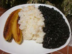 Luzmary y sus recetas caseras: ALUBIAS NEGRAS ( FRIJOLES ) EN OLLA PROGRAMABLE GR...
