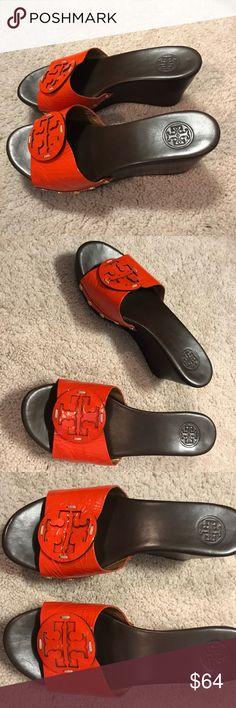 7cbca01f0 TORY BURCH SELMA WEDGE ORANGE LEATHER SANDAL Size  8M Description  Slide in  sandal