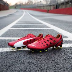 In partnership with Scuderia Ferrari, we introduce this limited edition evoSPEED 1.3 F947 for faster moves.