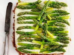 Parsapiiras - Kotiliesi.fi Savory Pastry, Asparagus Recipe, Zucchini, Menu, Pie, Vegetables, Recipes, Pastries, Food