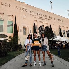 We out here rockin' @oliverpeoples w/ my fav sisters ♥️ I'll be taking over their instastories tomorrow, catch me on there ;) #oliverpeoples #FYFfest  #Regram via @tania_sarin