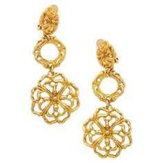 Pre-owned Christian Lacroix Earrings (1,380 SAR) ❤ liked on Polyvore featuring jewelry, earrings, gold, women jewellery earrings, pendant earrings, preowned jewelry, pre owned jewelry, vintage pendant and vintage jewelry #vintagejewelry #jewelryvintage