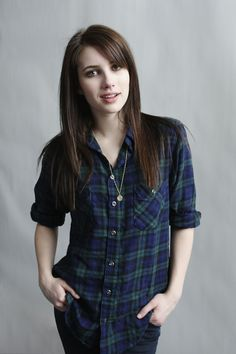 Emma Roberts hair-this is what I ask for everytime I go to the hairdressers and they always chop off the length :(