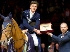 Nicola Philippaerts- place with Casana Nicola Philippaerts – Platz mit Casana Show Jumping Horses, Show Horses, George Morris, Trail Riding, Horse Riding, Men's Equestrian, Equestrian Fashion, My Academia, Sport Of Kings