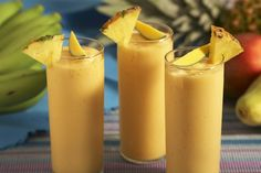 Tropical Mango Protein Smoothie Recipe with Total Lean Shake Tropical Mango Smoothie Recipe, Mango Banana Smoothie, Protein Shake Recipes, Smoothie Ingredients, Yummy Drinks, Healthy Drinks, Healthy Recipes, Drink Recipes, Detox Smoothies