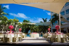 The El Patio Terrace is a great place for your celebration with your guests! #DreamsSandsCancun #Mexico #Destinationwedding