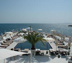 Puro Beach Lounge, Bar  Restaurant, Cala Estancia, Palma de #Mallorca, Spain purobeach.com