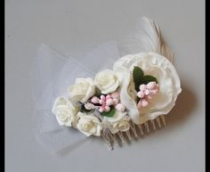 bridal hairflowers in creme