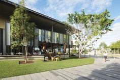 Flinders Street (Qld) revitalisation by Gamble McKinnon Green