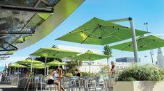 Wasserdichte Sonnenschirme sind ein Must-Have für die Gastronomie!