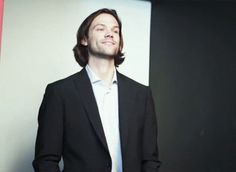 Jared trying not to laugh is precious