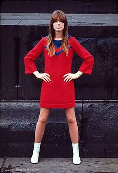 Elyse: Retro shift - I think you could totally rock a shift dress like this!