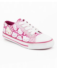 Stylish and sturdy with a hint of sparkle, these sweet sneaks are purrfect for a playdate. Classic laces secure the fit easily, while Hello Kitty decorates the upper.