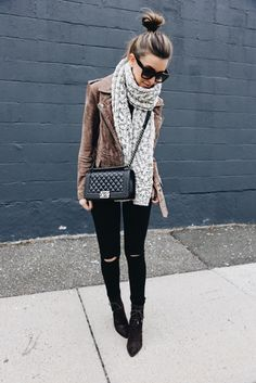 Saturday chill....y ❄️ #socold // every single piece I'm wearing (exact items) linked here:  http://liketk.it/2qfzc @liketoknow.it #liketkit
