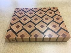 Articoli simili a End Grain Cutting Board su Etsy Router Projects, Woodworking Projects That Sell, Woodworking Box, Woodworking Furniture, Wood Projects, End Grain Cutting Board, Diy Cutting Board, Wood Cutting Boards, Chopping Boards