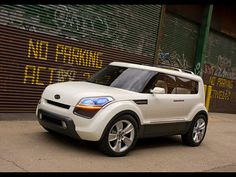 KIA Soul Photos and Specs. Photo: KIA Soul approved and 22 perfect photos of KIA Soul Kia Soul, Kia Sorento, Kia Sportage, My Dream Car, Dream Cars, Future Transportation, They See Me Rollin, Automotive Group, Cute Cars