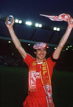 Alan Hansen Testimonial Match, Liverpool vs England XI, 16 May Anfield, Liverpool. Liverpool Football Club, Liverpool Fc, Sport Football, Clothes, Women, Legends, England, Red, Fotografia
