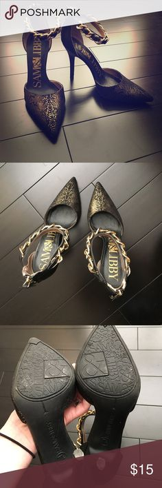 Gorgeous black and gold heels Black and gold heels perfect for a night out. These are gorgeous, just a little too high for me. Zipper at back, gold chain detail around ankle and gold foil-like snake print design on toes. In perfect condition, only worn twice. Sam & Libby Shoes Heels