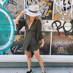 Shop this style! Klick for details. Womens fashion and trendy outfits #Style#look#fashion