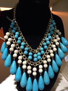 Blue and white beads chain necklace