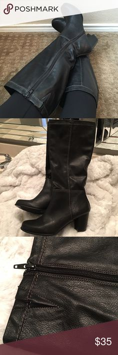 Gorgeous Tall Boots! Gorgeous black boots just in time for fall! I love the heel on these boots which makes them versatile and fun! Pair with leggings, skinny jeans, or any outfit to add a flare to whatever you wear! Excellent, like new condition. Heel Height 2 3/4 inches.💕💕 Shoes Heeled Boots