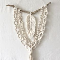 The automatic replacement text cannot be used. - The automatic replacement text cannot be used. Macrame Wall Hanging Patterns, Macrame Plant Hangers, Macrame Patterns, Macrame Design, Macrame Art, Macrame Projects, Modern Macrame, The Knot, Macrame Curtain