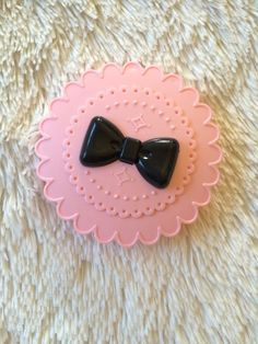 Kawaii pink eyelash case