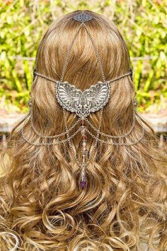 Wings of Isis, stunning silver & pink swarovski crystal hand made filigree bridal circlet. via Etsy. The look is divine! Head Jewelry, Body Jewelry, Unique Jewelry, Hair Jewellery, Ring Armband, Look Body, Circlet, Vintage Butterfly, Headdress