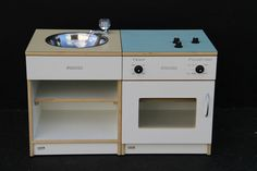 Stove Under 2's (483)400W x 400D x 490HA safe, sturdy and interactive product for your bubbly under 2's.High quality fittings, soft close hinges and a laminated top available in a variety of on...