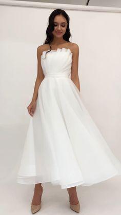 White Dress For Wedding, Elegant Dresses For Wedding, Simple Elegant Dresses, Simple Bridal Dresses, White Tulle Dress, Elegant White Dress, Simple White Dress, Civil Wedding Dresses, Diy Wedding Dress
