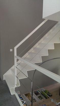 waterwoning Stalen trap in de woonkamer   Zeinstra Veerbeek Architecten