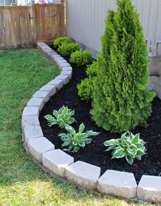 90 Simple and Beautiful Front Yard Landscaping Ideas on A Budget - front yard landscaping simple Cheap Landscaping Ideas, Small Front Yard Landscaping, Rock Landscaping, Landscaping Borders, Backyard Ideas, Front Yard Landscape Design, Mulch Ideas, Acreage Landscaping, Courtyard Landscaping