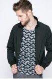 Kurtka z kolekcji Calvin Klein Jeans. Nieocieplony model wykonany z gładkiego materiału.