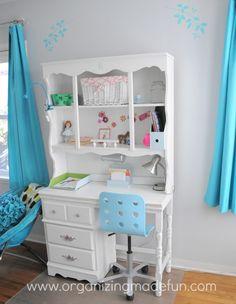 bedroom desk for teenage girls | Turquoise Girls Room Reveal | OrganizingMadeFun.com