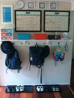 organize kids room |