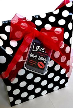 """Creative """"Try""""als: Love Each Other Like a Love Song - Marriage Survival Kit"""