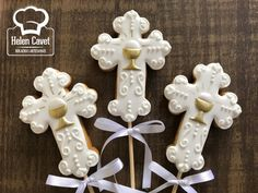 1 million+ Stunning Free Images to Use Anywhere Crazy Cookies, Iced Cookies, Ideas Bautizo, Christening Cookies, First Holy Communion Cake, Lily Cake, Cross Cakes, Cookies Decorados, Religious Cakes