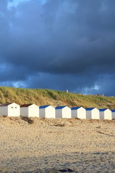 Beachhouses De Koog; shapes, composition