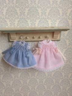 dollhouse clothes, scale miniatures clothes , 1/12 miniatures dress