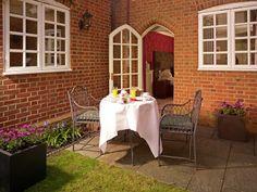 Breakfast on the terrace #LoveSundays