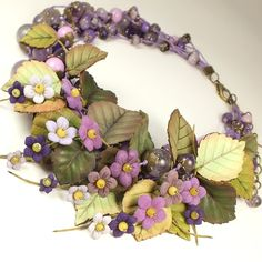 Купить Долина Счастливой Сирени. Колье, цветы из натуральной кожи - фиолетовый, сиреневый, лавандовый, зелёный