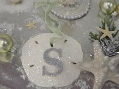 Ways to Decorate Your Home With Vacation Keepsakes