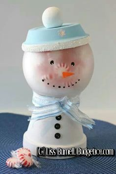 DIY Snowman Candy Jar - Made these like bubblegum machines, but this is a great winter twist on a favorite craft of mine. Noel Christmas, Christmas Projects, All Things Christmas, Winter Christmas, Holiday Crafts, Holiday Fun, Holiday Candy, Flower Pot Crafts, Clay Pot Crafts